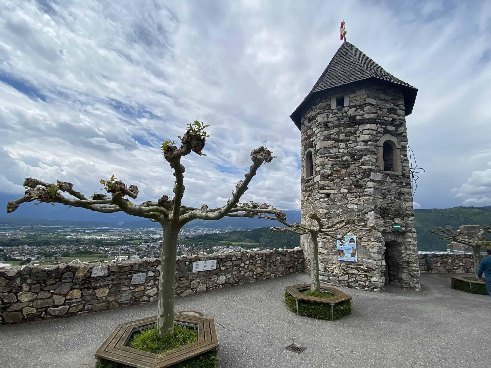 Alderarena Burg Landskron