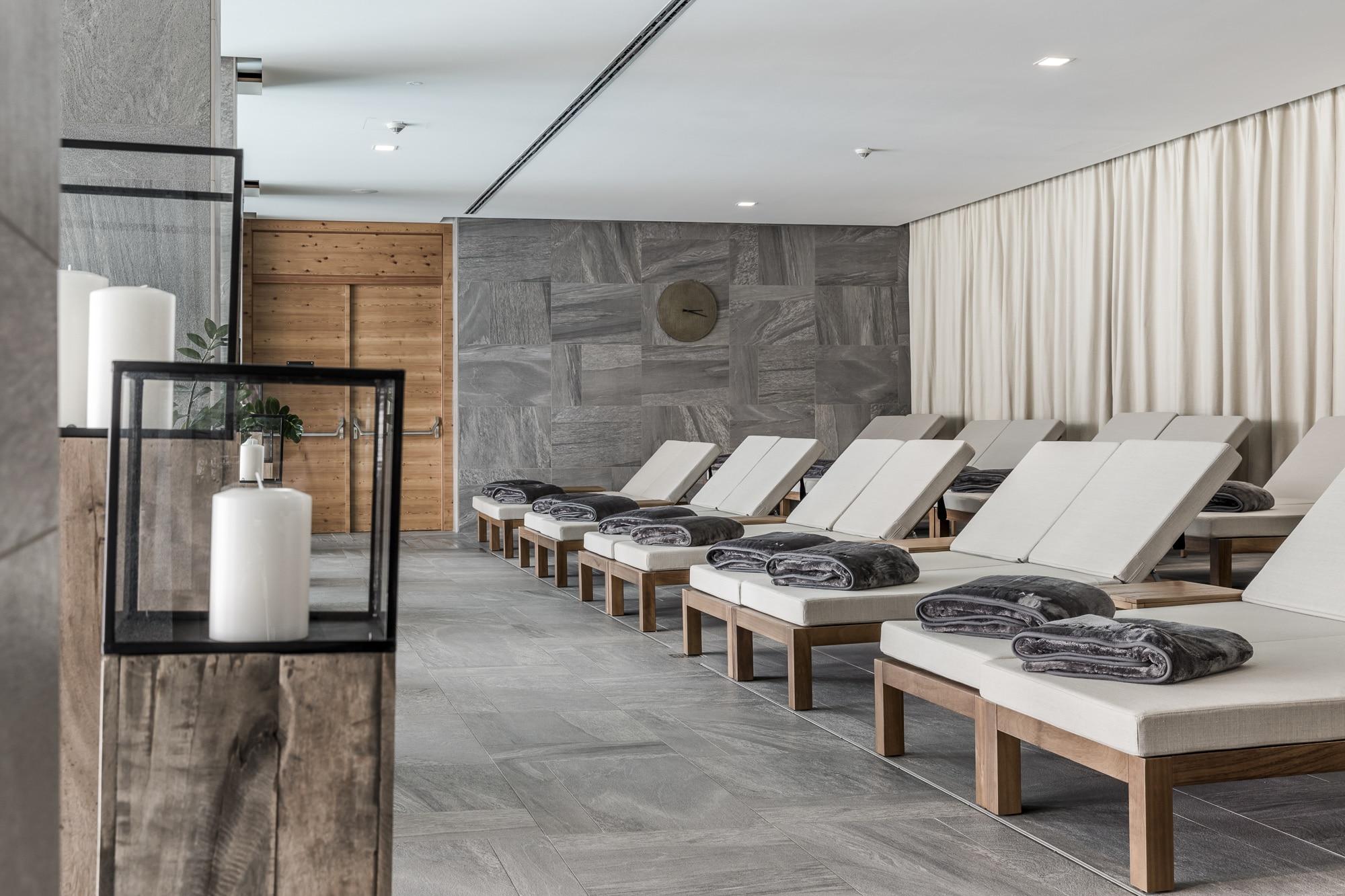 NIDUM Casual Luxury Hotel